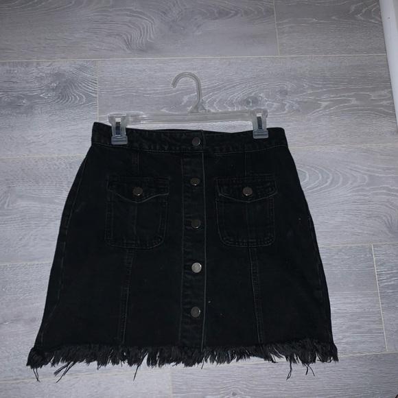 Forever 21 Dresses & Skirts - Black Jean skirt